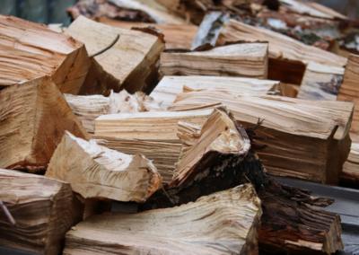 Zima se blíží. Pomůžeme Vám s výběrem vhodné štípačky dřeva