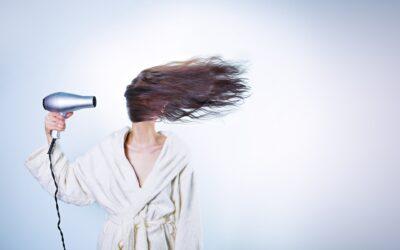 Jak vybrat vhodný vysoušeč vlasů